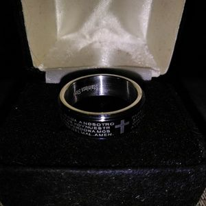 Mens worry ring